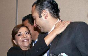 Roberto Gil Zuarth ya no es el brazo derecho de Vázquez Mota, reportan