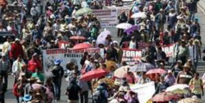 Cierran 2 mil negocios por las marchas y plantones