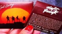 """Daft Punk promueve su música con condones """"Get Lucky"""""""